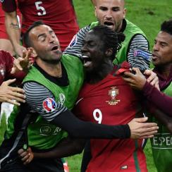 Eder scores the go-ahead goal for Portugal in the Euro 2016 final