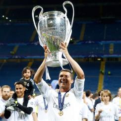 Cristiano Ronaldo lifts the Champions League trophy