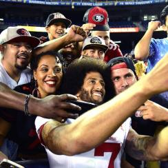 49ers QB Colin Kaepernick finds support in a military haven