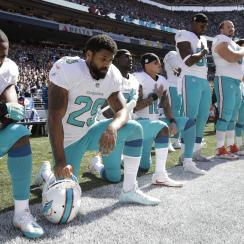 arian foster dolphins national anthem kneel