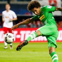 Fabian Johnson scores Borussia Monchengladbach's equalizer against RB Leipzig