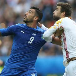 Spain faces Italy in a big World Cup qualifying match