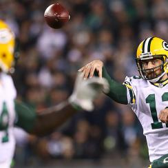 Monday night football: Aaron Rodgers, Packers come to life in win over Eagles