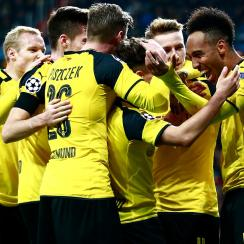Borussia Dortmund ties Real Madrid to win its Champions League group