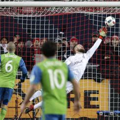 Stefan Frei robs Jozy Altidore in extra time of the MLS Cup final