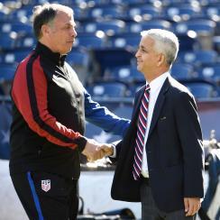 Bruce Arena and U.S. Soccer president Sunil Gulati
