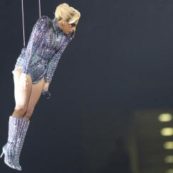 Lady Gaga didn't jump off roof in Super Bowl halftime