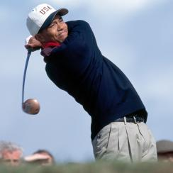 Tiger Woods tees off during the Walker Cup in 1995.