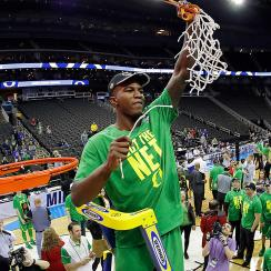 Jordan Bell leads Oregon into Final Four
