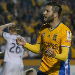 Andre Pierre Gignac scores for Tigres vs Vancouver Whitecaps in CCL semifinals