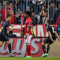 Cristiano Ronaldo scores for Real Madrid vs. Bayern Munich in Champions League