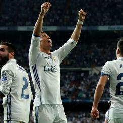 Cristiano Ronaldo's hat trick leads Real Madrid by Bayern Munich in the Champions League