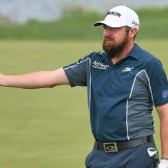 Jimmy Gunn's unlucky break on the 12th hole Thursday still resulted in a birdie that gave him the first round lead.