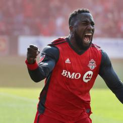 Jozy Altidore comes up with a huge assist for Toronto FC vs. Minnesota United