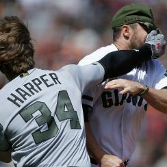 bryce harper hunter strickland brawl video giants nationals watch