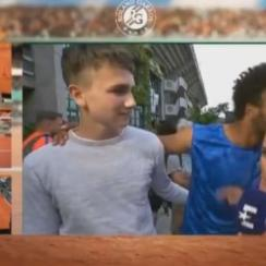 Maxime Hamou: French Open bans player who kissed reporter