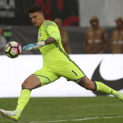 Ederson signs with Manchester City from Benfica