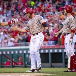 scooter gennett three home runs reds cardinals