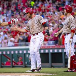 scooter gennett three home runs reds cardinals
