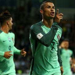 Cristiano Ronaldo scores for Portugal vs. Latvia in World Cup qualifying