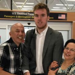 connor mcdavid airport photo fan