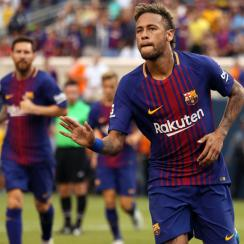 Neymar is at the center of transfer rumors with PSG and Barcelona