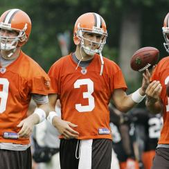 Browns 2007: Frye (9) broke the Browns' single-game rookie passer-rating record in 2006. Anderson was a sixth-round pick waived by the Ravens in 2005 but led a comeback in K.C. for Cleveland a year later. Quinn was a first-round pick from Notre Dame.