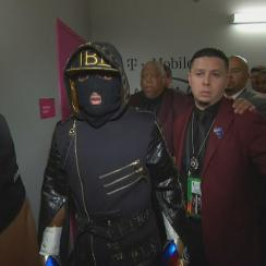 Twitter reacts to Floyd Mayweather, Conor McGregor entrances