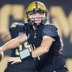 Kyle Shurmur (QB) looks to pass during a college football game between the Vanderbilt Commodores and the Kansas State Wildcats on September 16, 2017 at Commodore Stadium in Nashville, TN. (Photo by Jamie Gilliam/Icon Sportswire)