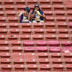 Los-angeles-rams-stadium-attendance