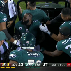 Jason Peters injury: Eagles left tackle hurt, carted off