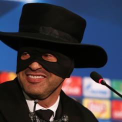 Paulo Fonseca: Shakhtar Donetsk manager dresses as Zorro