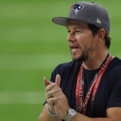 Mark Wahlberg: Why Patriots fan left Super Bowl early