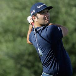 Jon Rahm had eight birdies in his bogey-free opening round for a 10-under 62 and a one-stroke lead.