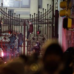 Hot Clicks: Philly riots after Super Bowl LII victory for Eagles