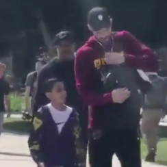 Cavaliers' Kevin Love autographs kid's backpack (video)