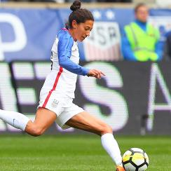 Christen Press won't report to the Houston Dash for the NWSL season