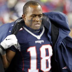 FOXBOROUGH, MA - JANUARY 14: New England Patriots wide receiver Matthew Slater (18) tries to stay warm during an AFC Divisional Playoff game between the New England Patriots and the Houston Texans on January 14, 2017 at Gillette Stadium in Foxborough, Massachusetts. The Patriots defeated the Texans 34-16.  (Photo by Fred Kfoury III/Icon Sportswire via Getty Images)