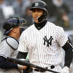 Yankees fans boo Giancarlo Stanton