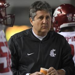 Mike Leach's story about tracking raccoon (video)