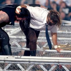 Mick Foley interview on Mankind-Undertaker Hell in a Cell match (video)