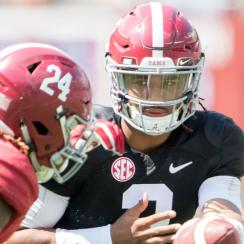 Alabama spring game: Jalen Hurts in QB battle vs. Tua Tagovailoa