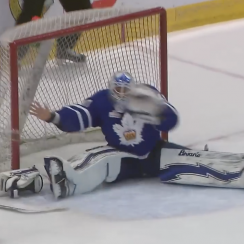 Garret Sparks save: Barehanded stop by Leafs prospect (video)