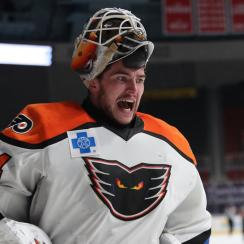 Alex Lyon: Flyers prospect makes 94 saves in longest AHL game