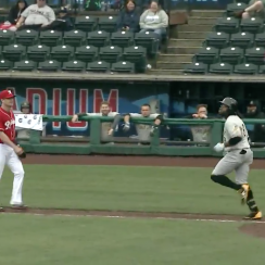 Eric Young Jr trolls Gordon Beckham in Rainers-Bees game (video)