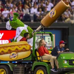 Phillies Phanatic, flying hot dog, phillies, philadelphia