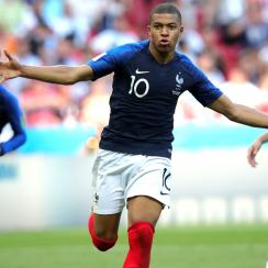 Kylian Mbappe scores for France vs Argentina in the World Cup