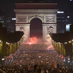 paris, Champs Elysee, world cup final, french fans, allez les bleus, france, belgium, england, croatia, 2018 world cup