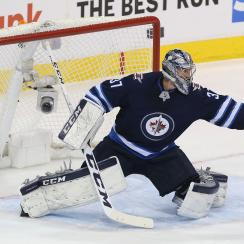 Connor Hellebuyck contract