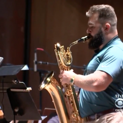 Jason Kelce plays saxophone with Philadelphia Orchestra (video)